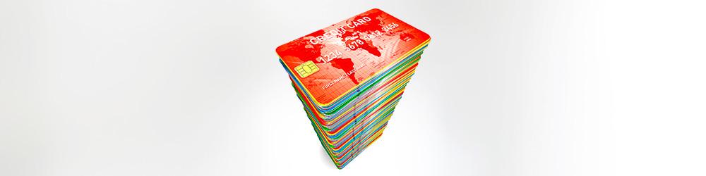 Доля кредиток в общем количестве кредитов превысила 50%