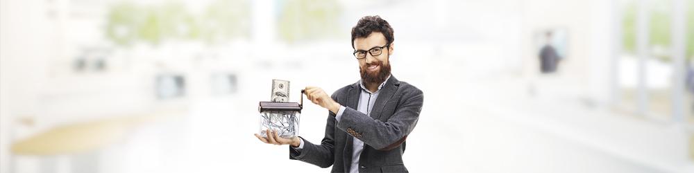 """Скоро в России доллару могут отказать """"от дома"""""""